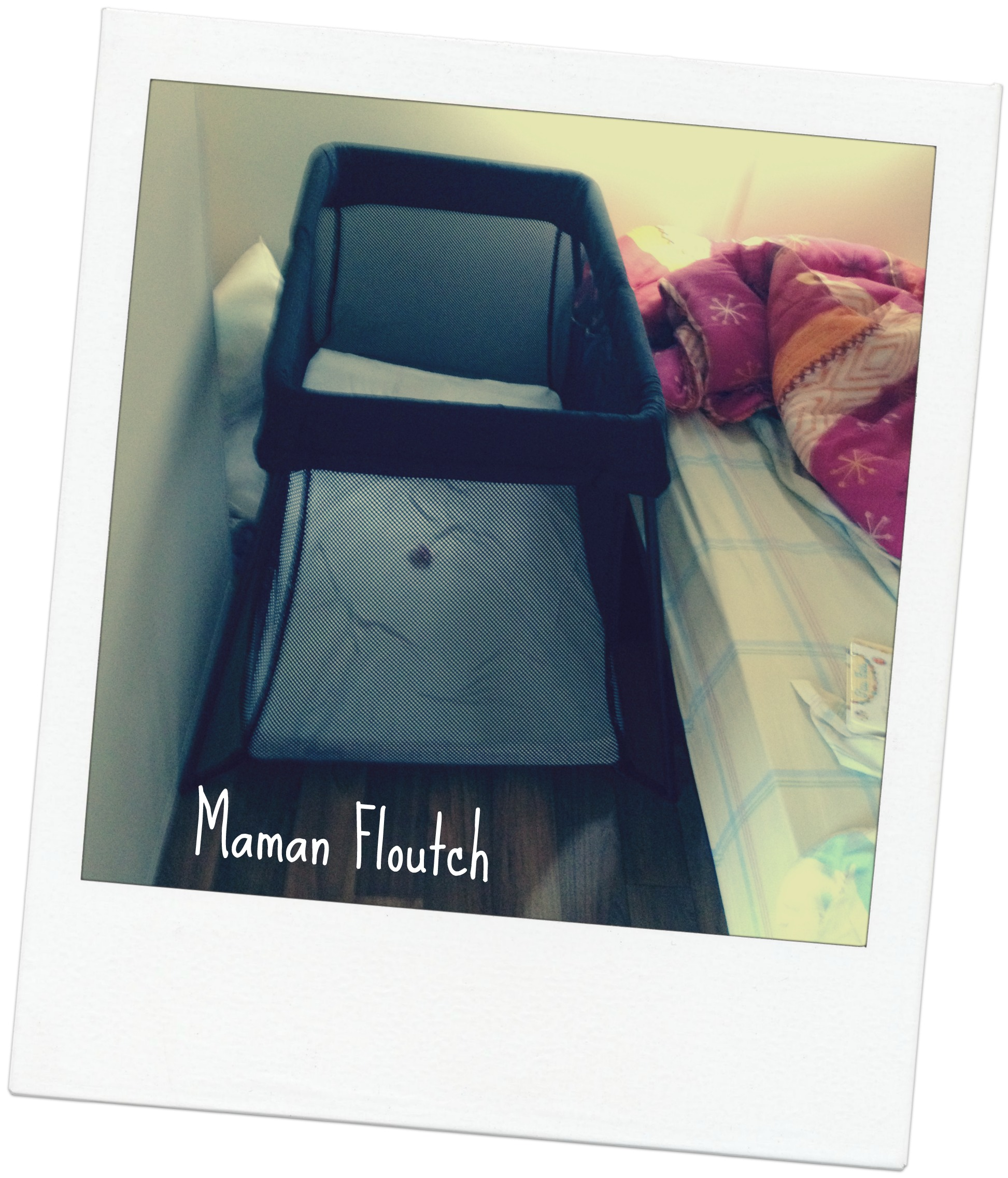 le lit parapluie light de babybjorn chez les floutch. Black Bedroom Furniture Sets. Home Design Ideas