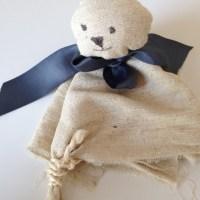 S wie Schnuffeltuch-Bär