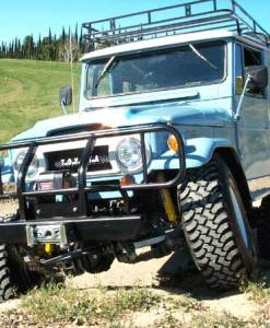 SAFARI SUSPENSION SYSTEMS FJ40 4-INCH ROCK CRAWLER KIT 2