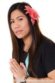 Jasmine owner and beautician at Thai Health & Beauty Manchester is the beuty therapist for all facial treatments