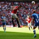 20130811football-community-shield-manchester-united-wigan-robin-van-persie-athletic_2985655