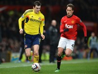 Man-United-v-Sunderland-Adam-Johnson-vies-wit_3071093