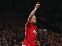 Man-United-v-Swansea-Javier-Hernandez-of-Manc_3062186