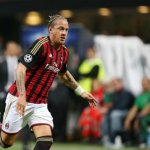 man-utd-ponder-move-for-milan-defender