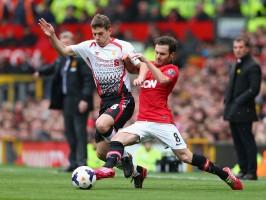 Manchester-United-v-Liverpool-Juan-Mata-Jon-F_3102424