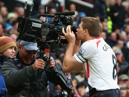Manchester-United-v-Liverpool-Steven-Gerrard-_3102492
