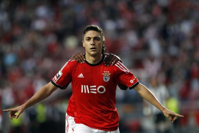 man-united-casting-an-eye-on-benfica-star