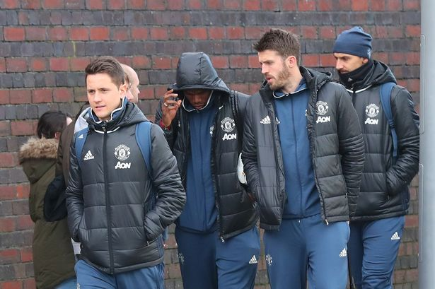 ECE 17 MAN UNITED TRAIN  1