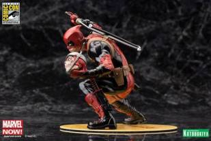 kotobukiya_deadpool_with_sign_unmasked_05