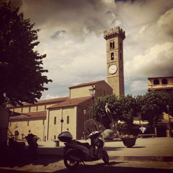 Fiesole Town Square and Church (c) Alan Greenhalgh