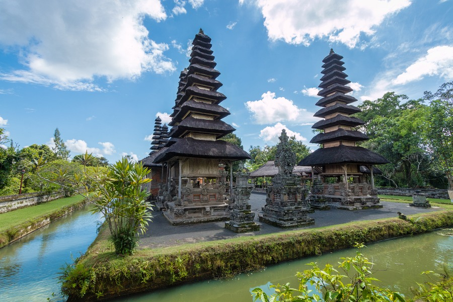Top 100 travel blog posts of 2015 by social media shares for Where to stay in bali indonesia
