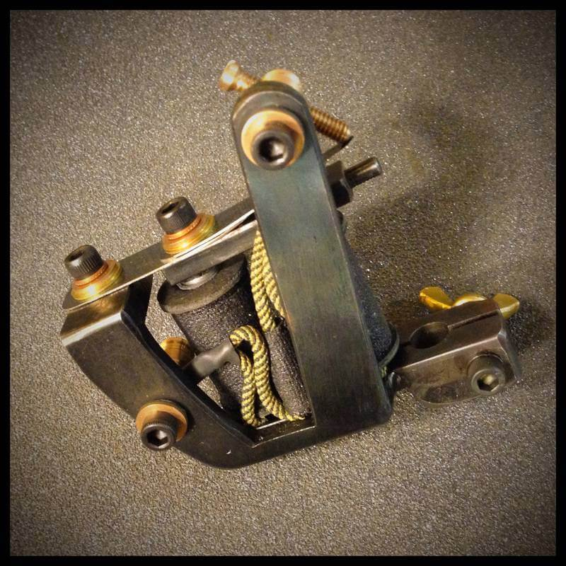 Timothy-Kidd-Tattoo-Machines_02
