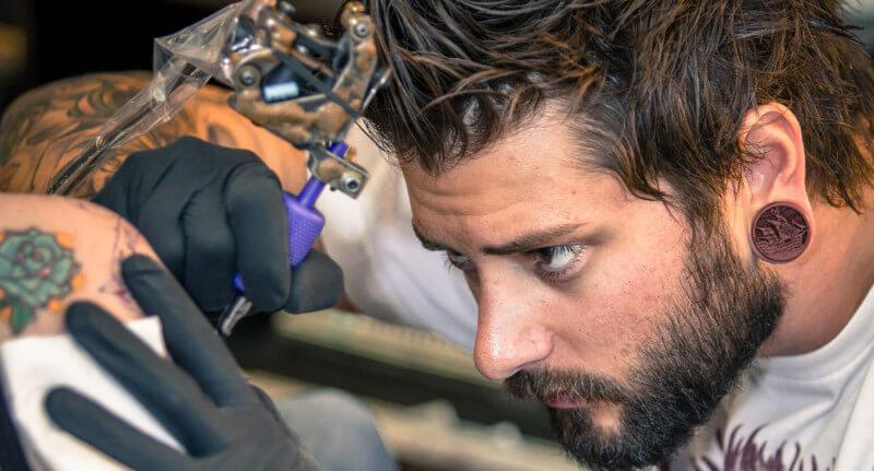 Meet Geno Somma, a versatile tattoo artist