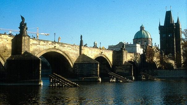 Praga, Ponte Carlos