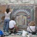 Restauração em Herculano na Itália