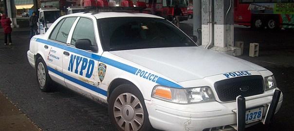 Carro de polícia em New York - Foto Jason Lawrence CC BY