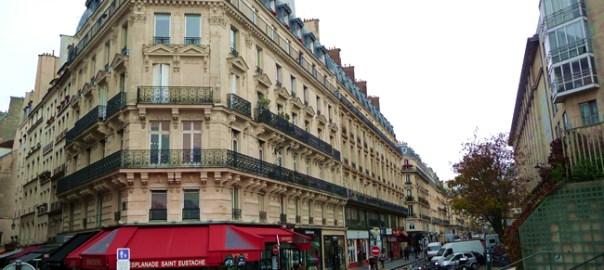 Rua em Paris, ponta de estoque