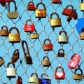Os cadeados do amor em Paris