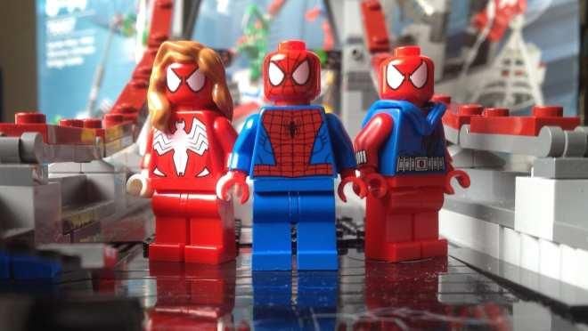 LEGO Marvel Superheroes Spider-Man Web Warriors Ultimate Bridge Battle 76057 hero minifigures
