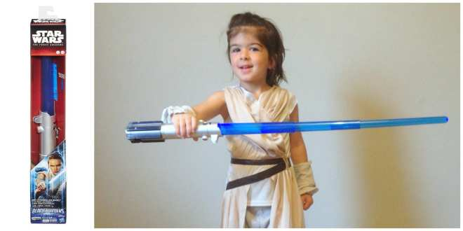 Rey Lightsaber Toy Review from Star Wars The Force Awakens Hasbro