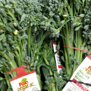Just came in, fresh organic fresh baby broccoli!