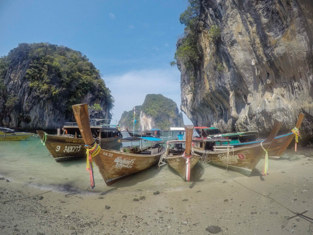 Krabi Beach Ko Hong Tour