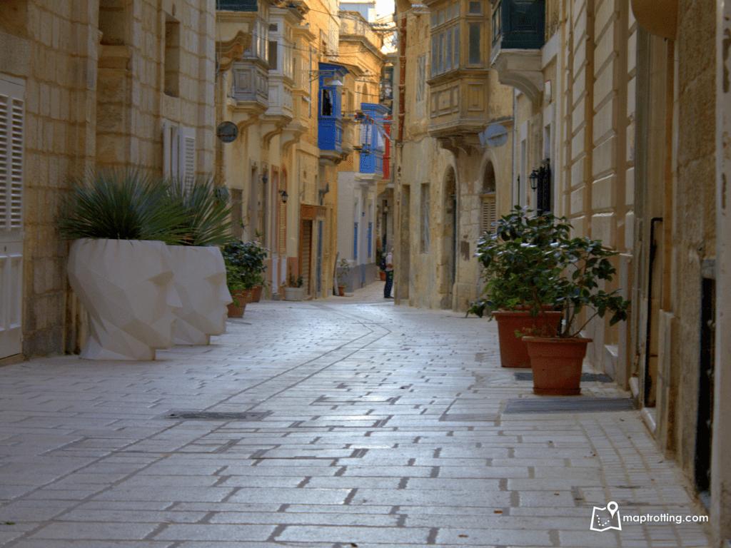 Streets in Birgu_Vittoriosa_Malta