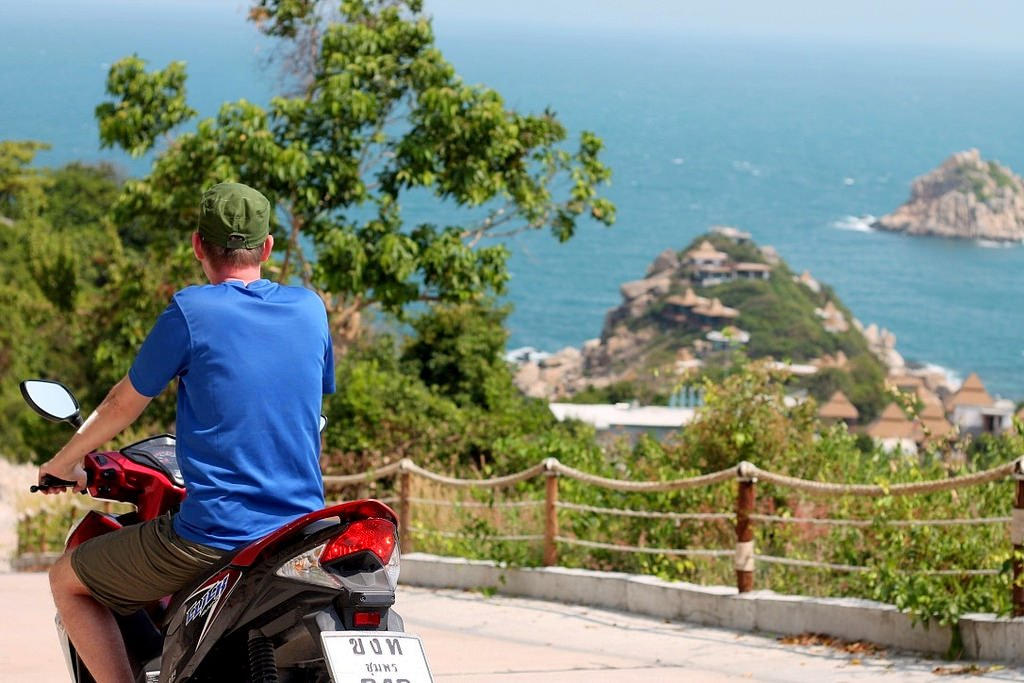 Renting a bike in Koh Tao