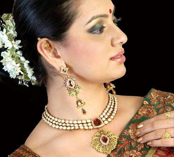 shruti-marathe-marathi-actress-in-saree-latest-photo-shoot1
