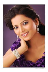Suvarna Kale Actress photos