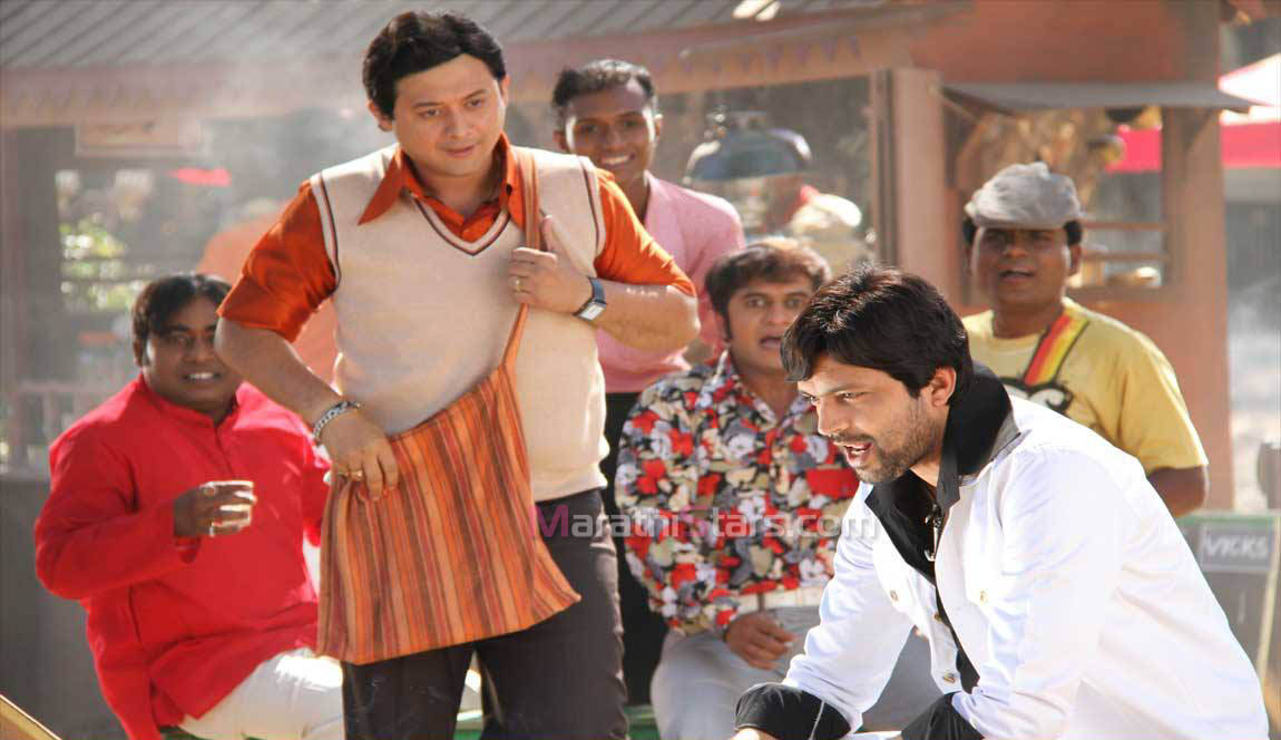 Joshi & Ankush Chaudhary – Duniyadari Marathi Movie Still Photos