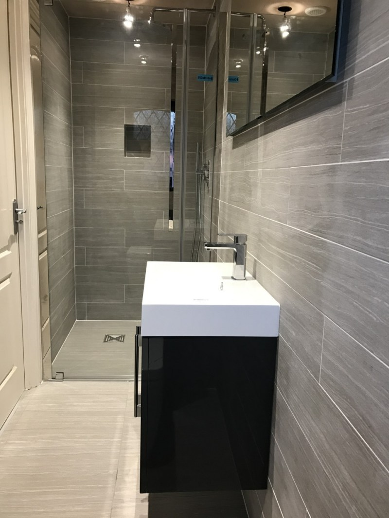 Large Of En Suite Bathroom