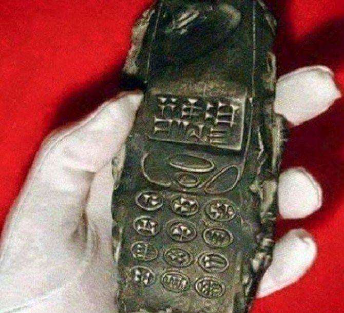 celular 800 años (1)