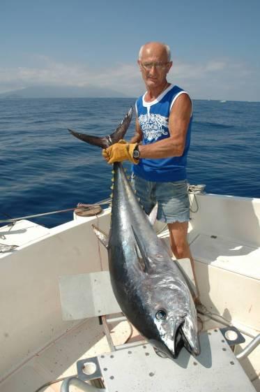 La pesca al tonno rosso può essere fatta sia in sedia che stund up molto dipende dai gusti dei pescatori