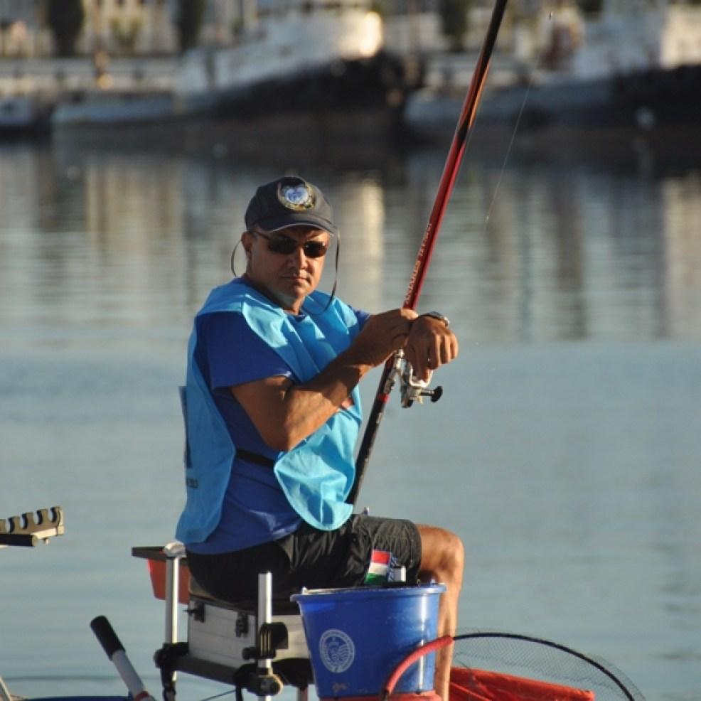 in Azione al Campionato Europeo di pesca in bolognese istruttore della scuola di pesca