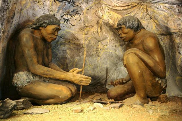 Diorama, cavemen - National Museum of Mongolian History