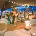 Mariage Réunion Ma Régisseuse wedding planner cérémonie laïque plage filaos décoration table fleurs bougies