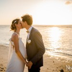 Mariage Réunion Ma Régisseuse wedding planner couple just married plage mer sunset