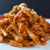 Penne with Chicken in a Spicy Tomato Sauce