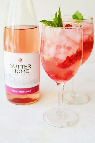 raspberry mint pink moscato cocktail