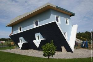 Casa na Alemanha, construída de ponta-cabeça - Reprodução