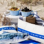 Ein Picknick-Brunch am Strand