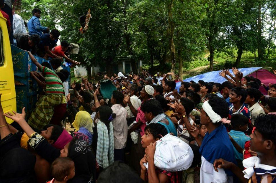 Bangladesh: l'armée va acheminer l'aide internationale aux Rohingyas