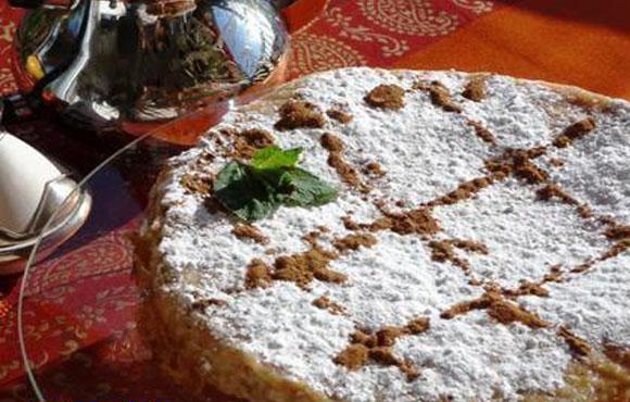 Pastilla au poulet et aux amandes pour 10 personnes à seulement 355dhs!