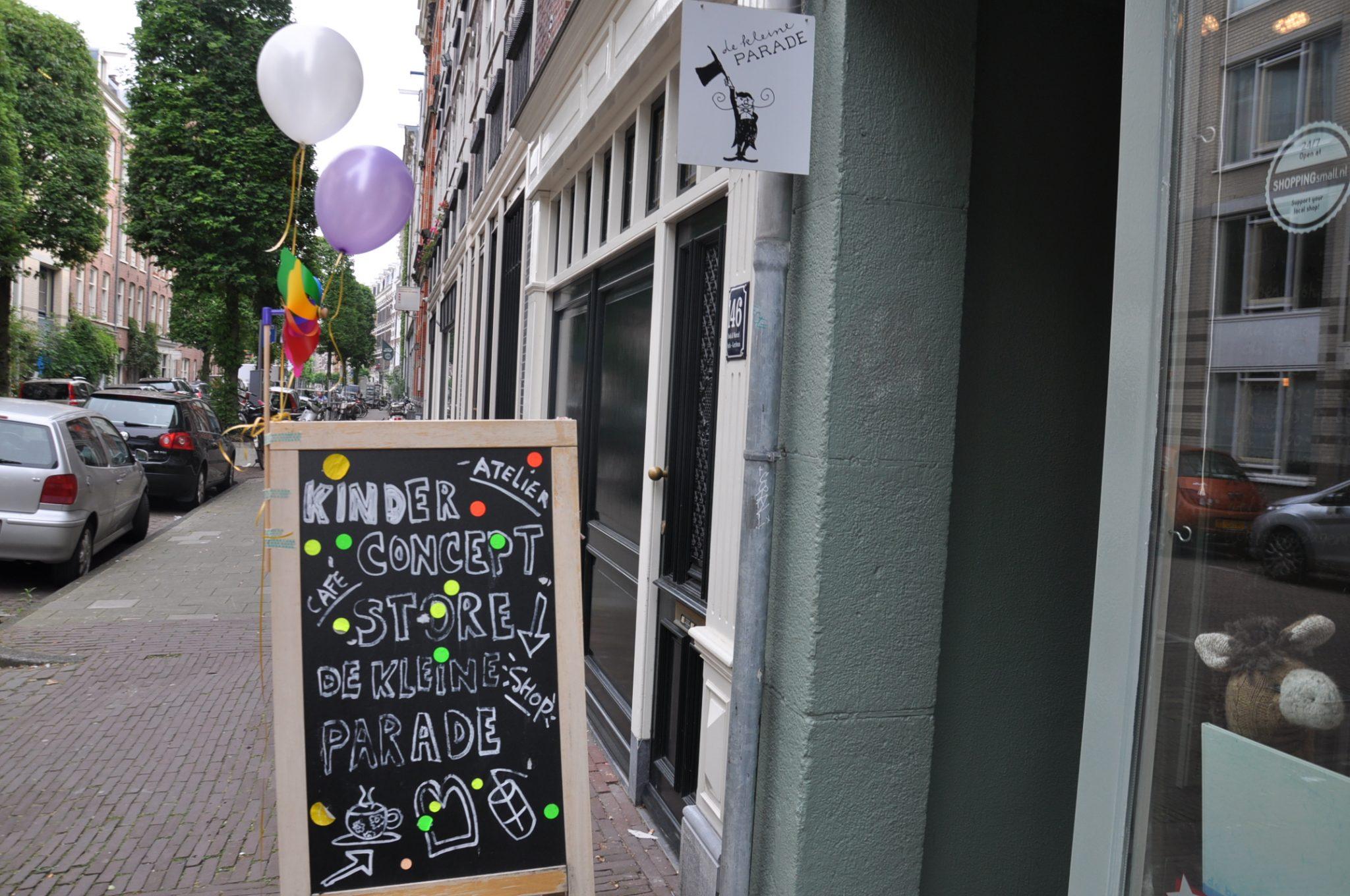 Dit feestje vond plaats in conceptstore de Kleine Parade te Amsterdam.