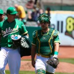 A's play long ball in 10-2 win over Mariners