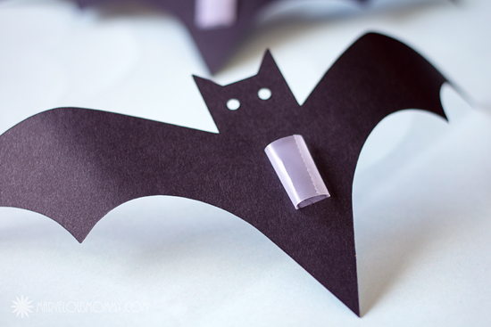 Easy Diy Halloween Decor Wall Of Bats Marvelous Mommy