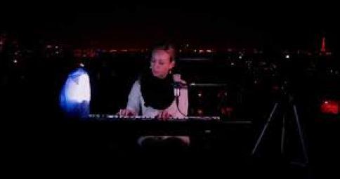 MARYON CORBELLI - JE ME PERDS (Acoustique Piano/Voix)