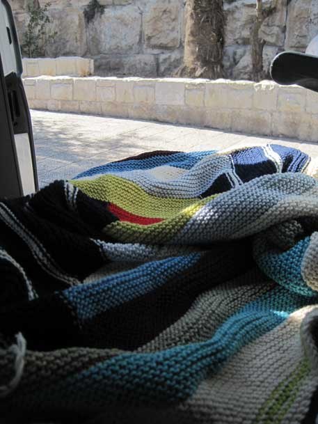 jerusalem13knitting.jpg