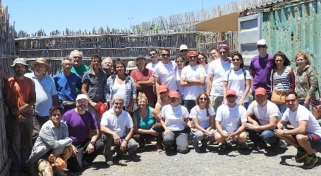 El Ayuntamiento de Santa Lucía entrega once huertos urbanos para autoconsumo